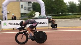 Fil:Martin Toft Madsen 2017 Danish National Time Trial Championships finishline.ogv
