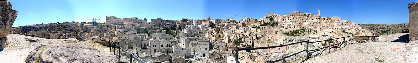 Matera panoramic view of i sassi.jpg