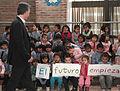 Mauricio Macri asistió a la fiesta inaugural de la Escuela Infantil Nª 12 de Villa Soldati (7296857374).jpg