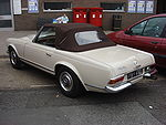 Mercedes-Benz 230SL automatic 2.jpg