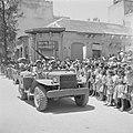 Militair voertuig met daarop een automatisch wapen tijdens de militaire parade o, Bestanddeelnr 255-1002.jpg