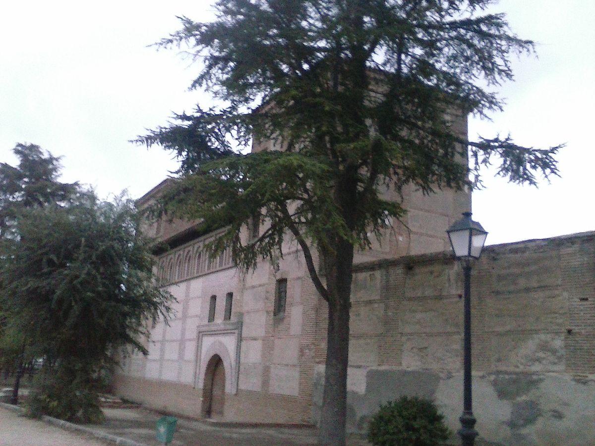 Monasterio de Santa María de Gracia Madrigal de las Altas Torres Las Claustrillas.jpg
