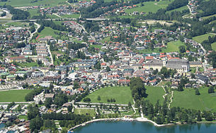 The place Mondsee, aerial view