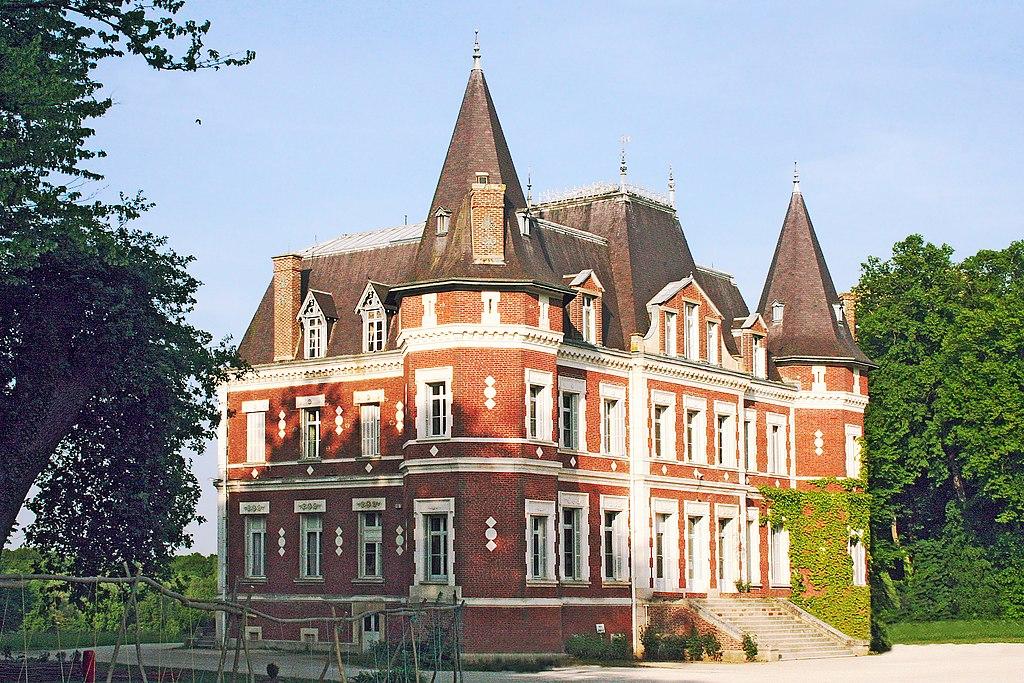 Montceaux-lès-Vaudes FR10 château IMG8895.jpg