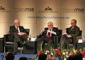 Msc 2009-Friday, 16.00 - 19.00 Uhr-Dett 011 Steinmeier Kissinger Ischinger.jpg