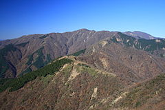 Mt.Tonodake from Mt.Sannoto 01.jpg