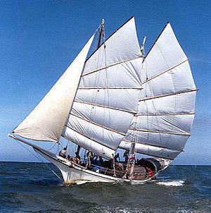Junk (ship) - The Bedar Naga Pelangi, after her circumnavigation sailing off Kuala Terengganu, Malaysia 1998