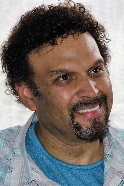 Picture of an author: Neal Shusterman