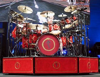 Neil Peart - Neil Peart and his 360-degree drumkit
