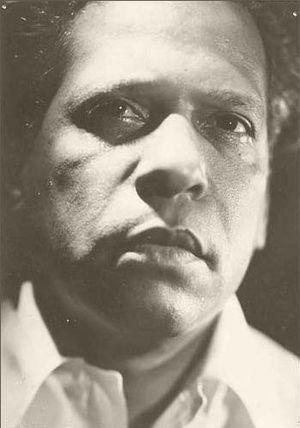 Nicolás Guillén - Image: Nicolás Guillén 1942