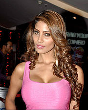 Nicole Faria at the First look launch of 'Yaariyan'.jpg