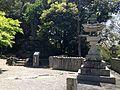Nightlight and Stele of Roppyaku-dawara in Miyajidake Shrine.JPG