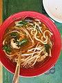 Noodle bowl at Glacier Lodge (8614408201).jpg