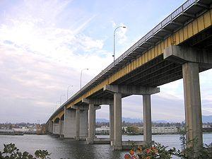 Oak Street Bridge - Image: Oak Street Bridge