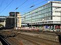 Oerlikon - 'Gleis 9' vor Gebäudeverschiebung 2012-04-26 08-03-02 (P7000) ShiftN.jpg