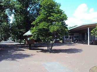 Ursinus College - Image: Olin Plaza Ursinus College
