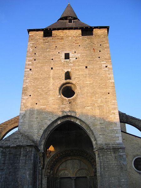 ファイル:Oloron SainteMarie Tour.JPG