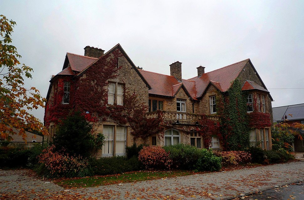 One of the West Oxfordshire Council Buildings