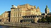 Fil:Operahuset, Stockholm.jpg