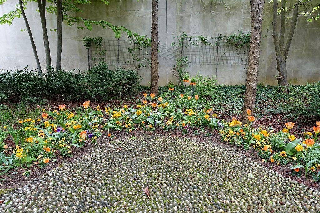 File:Orange Garden @ Parc André Citroën @ Paris (26455851140).jpg ...