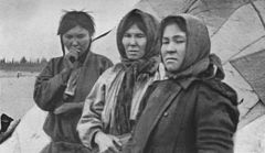 P225 Women of the Yenisei-Ostiaks outside their tent at Syrianski Pesok.jpg