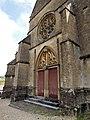PA00078480 portail de l'église Saint Pierre aux liens d'Olizy Ardennes.jpg