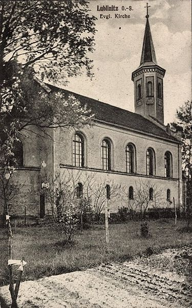 File:POL Lubliniec Kościół ewangelicki 1910-1915.jpg