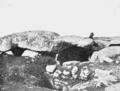 PSM V67 D642 Dolmen near carnac brittany.png