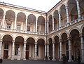 Palazzo università cortile interno Torino.JPG