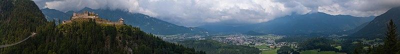 Panorama Reutte Ehrenberg Highline179 DSC03793 mid PtrQs.jpg