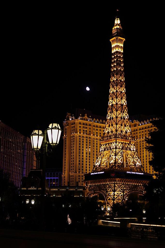 Paris eiffel tower las vegas coupons