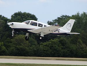 Parks College of Engineering, Aviation and Technology - A Parks Piper Arrow landing