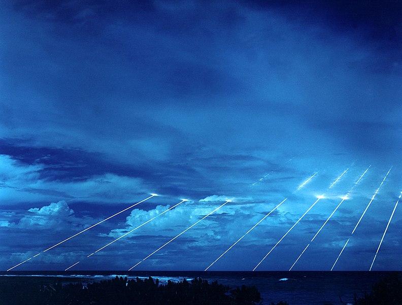 792px-Peacekeeper-missile-testing.jpg