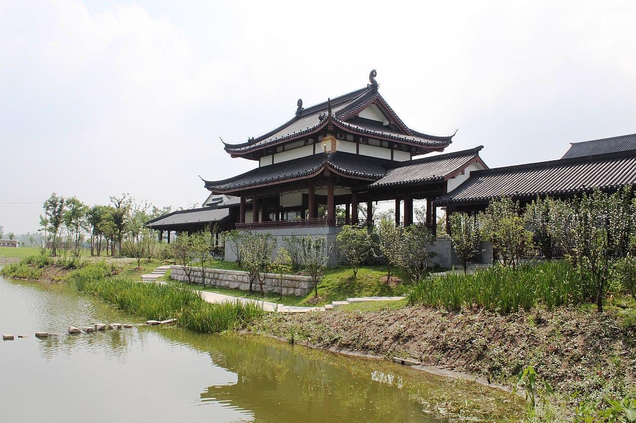 ファイル pictures from a monastery just outside of jianhu