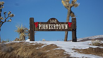 Pioneertown, California - Image: Pioneertown sign