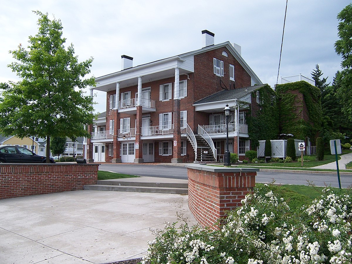 Spring House (Pittsford, New York) - Wikipedia