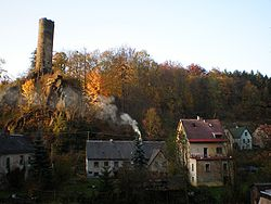 Podhradí with ruins of Neuberg Castle