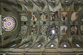 Pollenca, Iglesia de Santa María dels Ángels, frescos en bóveda.jpg