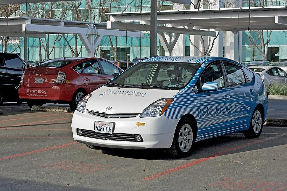 Prius RechargeIT 03 2008 at Google's campus