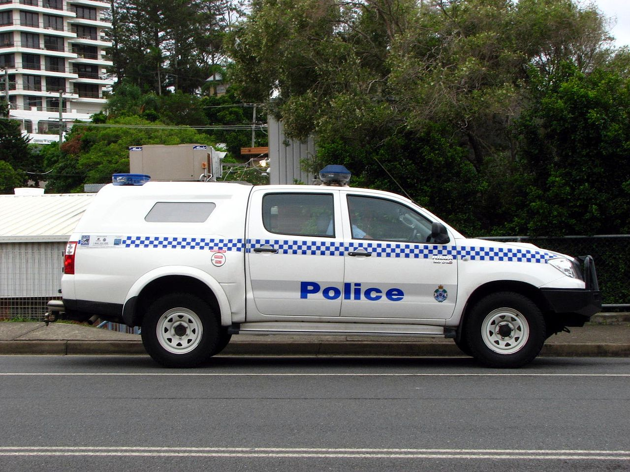 FileQLD Police u0027HIMEN  Toyota Hilux 4X4 with Holden Crewman rear ute-canopy - Flickr - Highway Patrol Images.jpg & File:QLD Police u0027HIMEN