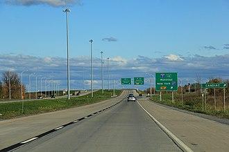 Quebec Autoroute 30 - Image: Quebec Autoroute 30 Autoroute 15 Oct 2012 (1)