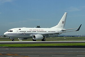 Royal Australian Air Force - A Royal Australian Air Force B-737 taxies at Sydney Airport