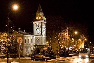 Brzozów - Image: Ratusz Brzozow noc
