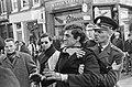 Rel op Prinsengracht, jongeman wordt opgebracht door agent, Bestanddeelnr 918-9363.jpg