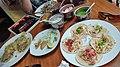 Restaurante La Salsa Verde (30686752213).jpg