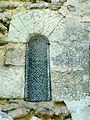 Rhuis (60), église Saint-Gervais-Saint-Protais, base du clocher, fenêtre.JPG