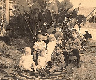 German immigration to Puerto Rico - The Riefkohl and Verges children of Maunabo, Puerto Rico (c. 1890s)