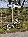 Road sign - geograph.org.uk - 148466.jpg