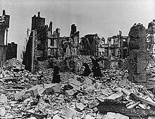 Rovine di Coutances nel 1944.