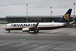 Ryanair, EI-EKG, Boeing 737-8AS (24685052361).jpg